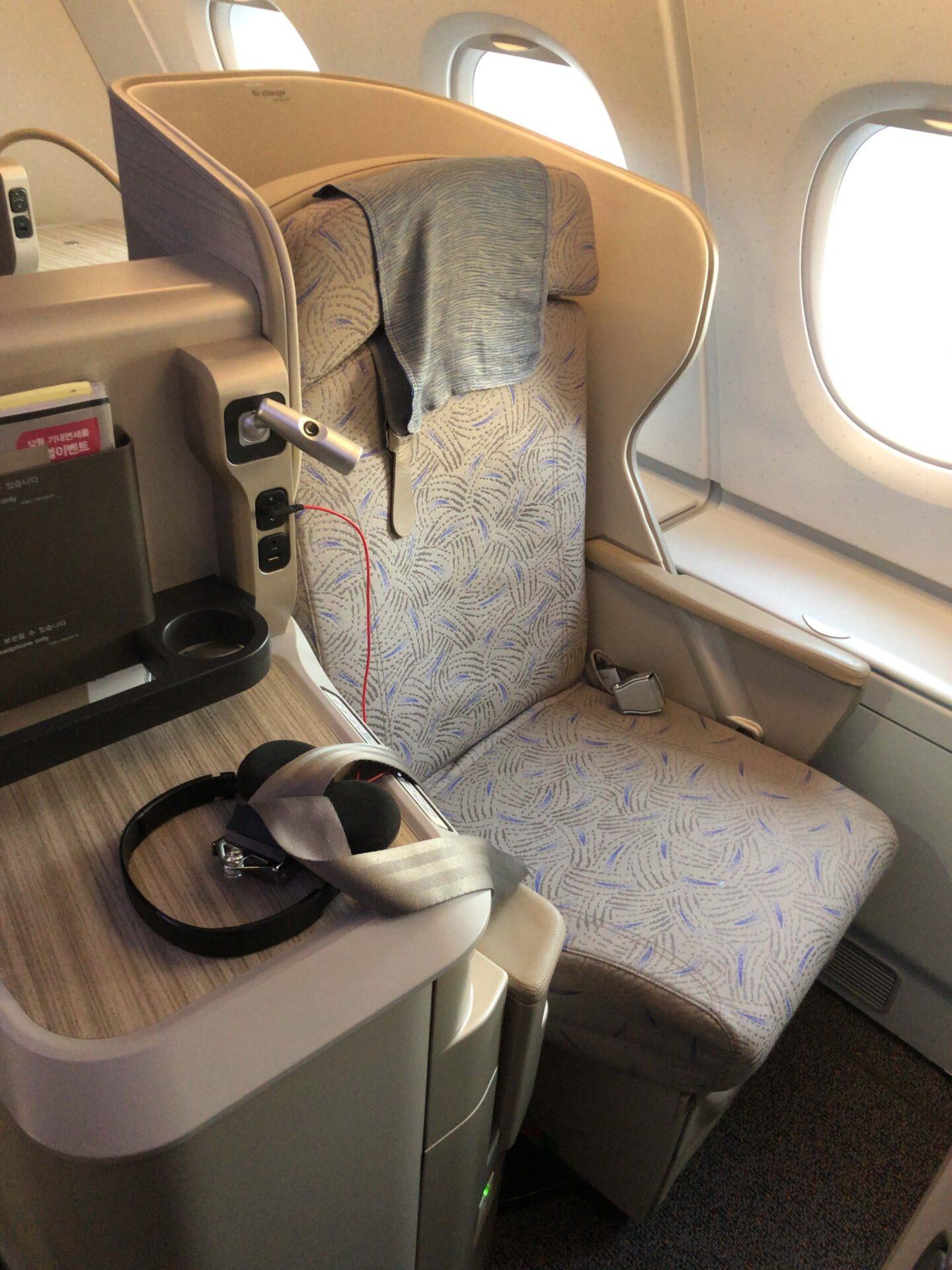 アシアナ航空A380 フルフラットシート