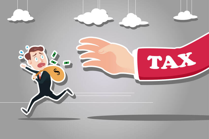 税金から逃げる男性