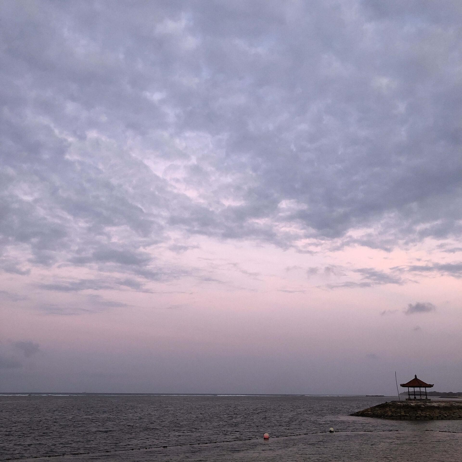 プライベートビーチから見える夕焼け