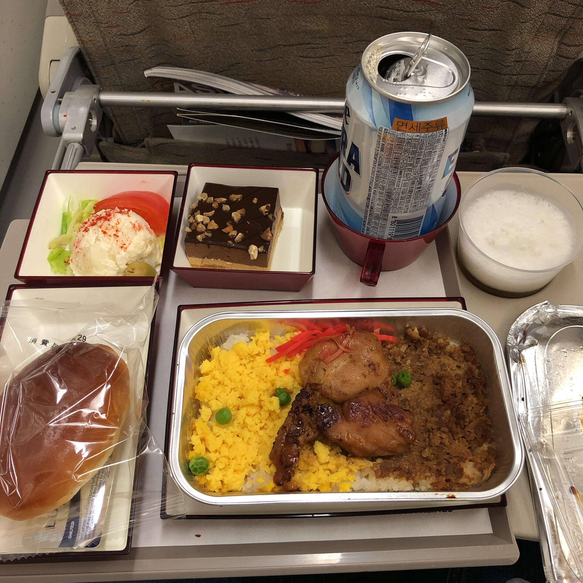 羽田→ソウル路線エコノミークラス機内食
