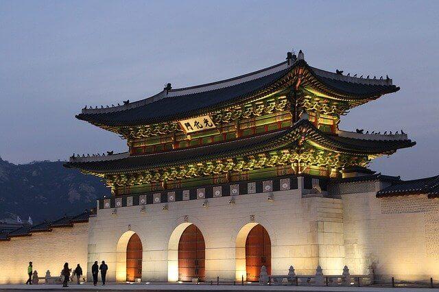 ソウル市内にある光化門