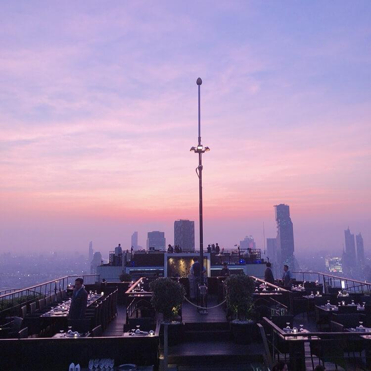 マジックアワーのバンコクの風景は格別